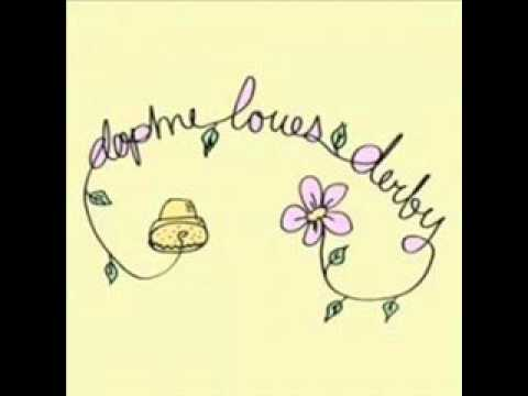 Daphne Loves Derby - Guerra All Interno