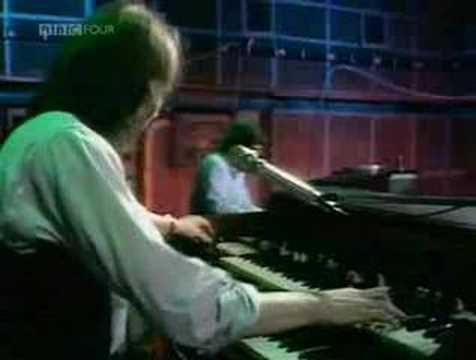 Brinsley Schwarz - Surrender To The Rhythm