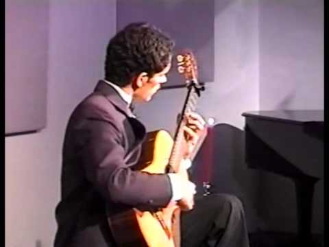 Allegro in Eb Major by JS Bach - Tavi Jinariu, classical guitarist