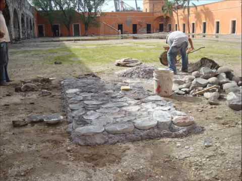 Pruebas de corte y colocacion de piedra bola 3 youtube for Camino de piedra en el jardin