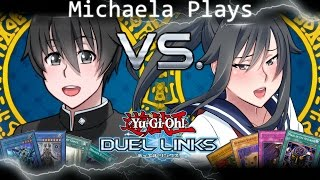 『Michaela Plays』Yu-Gi-Oh Duel Links - Ayano VS Senpai