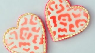 How to Stencil Cookies using Food Spray