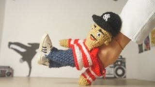 Amigurumi Killers dancing workshops - how to finger breakdance HD
