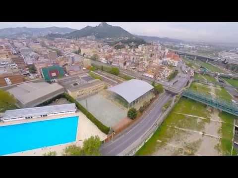 Montcada i Reixac desde el aire, Iglesia y calle mayor