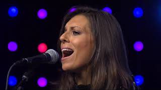 """Melissa Alesi Performs """"I Can't Breathe"""""""