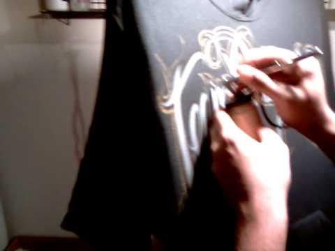Airbrush lettering on black hoodie pt3