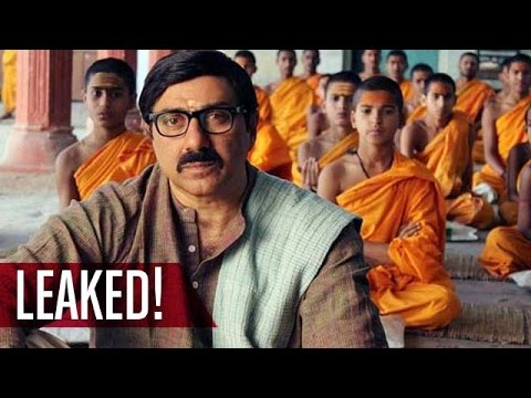 Sunny Deol starrer 'Mohalla Assi' LEAKED before release | Bollywood News