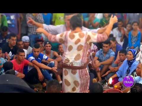 Défi marocain de danse chaabi تحدي الرقص بين شاب وفتاة thumbnail
