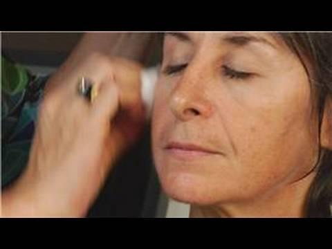 Skin Care: Acne : How to Shrink Pores