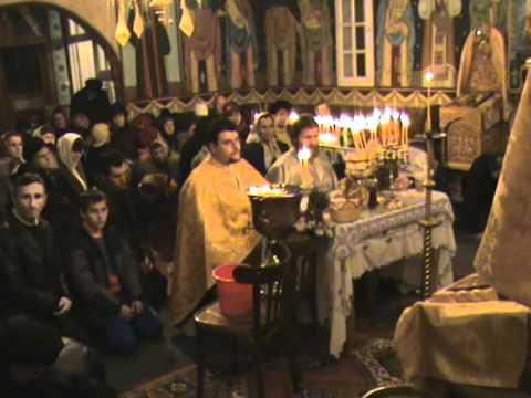 Acuză preotul din sat că vrea să vândă biserica rușilor
