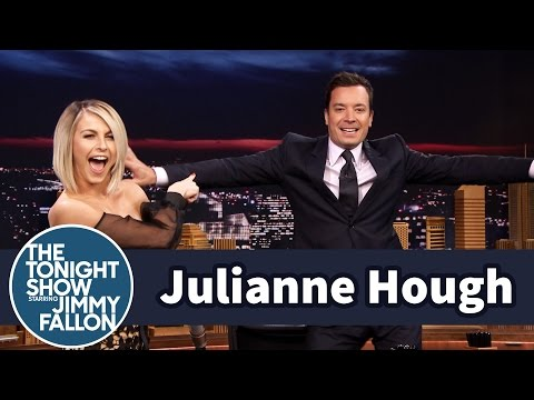Julianne Hough Helps Jimmy Find a Go-To Dance Move