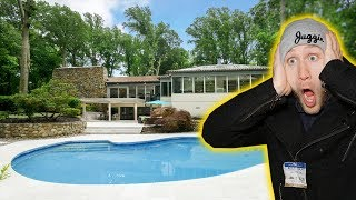 BUYING MUHAMMAD ALI'S $3,300,000 MANSION!