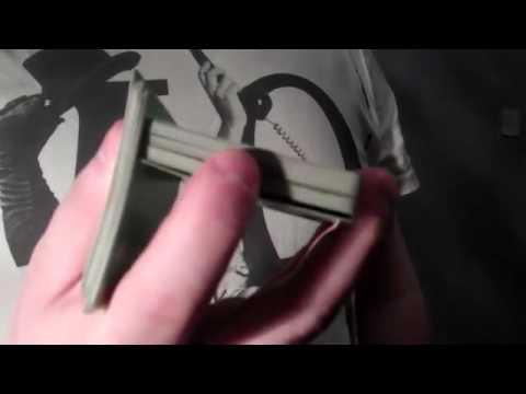 One handed Triangle flourish - Tutorial (Day 140)