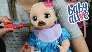 BABY ALIVE BEBÊ LAURINHA Comendo Papinha de Chocolate no Colo da Mamãe
