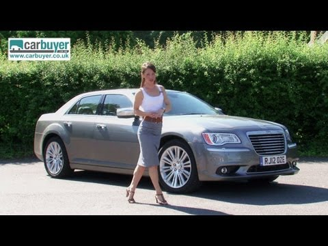 Chrysler 300C review - CarBuyer
