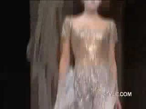 Styledotcom -- Alexander McQueen Ready-To-Wear Spring 2007