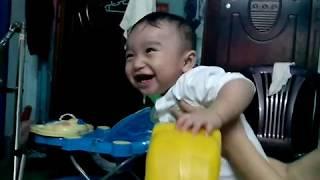 Baby boy 1 - Bé cưỡi ngựa xem phim