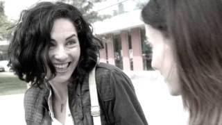 Treintona, Soltera y Fantástica - Trailer (2016) - Bárbara Mori película.