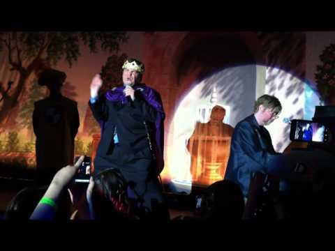 Jack Black sings DOUBLE RAINBOW w/ Brad Ellis from GLEE!