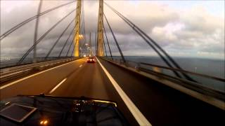 Przejazd mostem Kopenhaga Malmo nad Sundem Oresund crossing the bridge