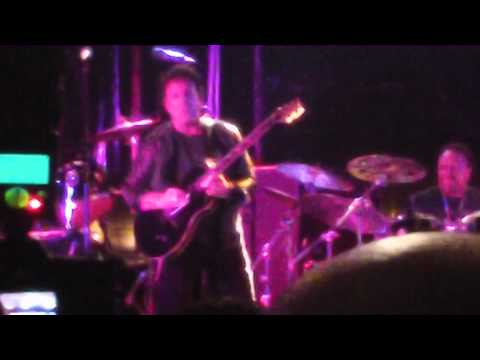 Experience PRS 2012 - Neal Schon Performance (Second Song)