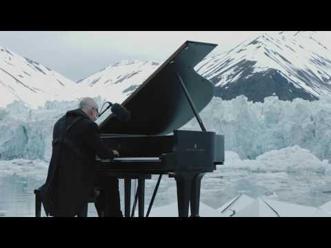 義大利戰地琴人 Ludovico Einaudi 演奏「北極悲歌」