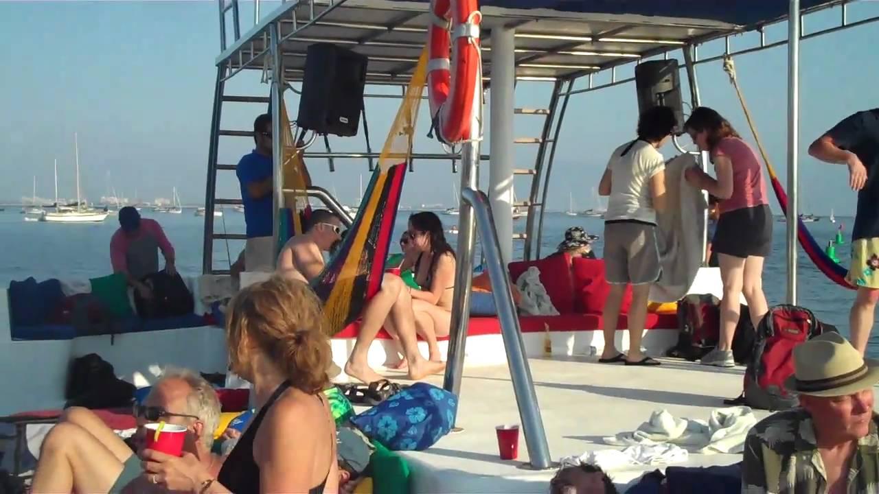 Chica Loca Boat Tours