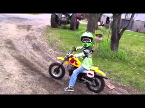 Bikes Videos For Children Kids at grandmas riding dirt
