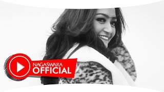 Download Lagu Siti Badriah - Mama Minta Pulsa - Official Music Video - NAGASWARA Gratis STAFABAND