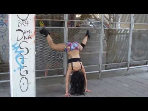 Twerk it Chile LeOna Dancehall Queen Ft Mati Këller Work