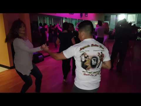 Israel y Marisol - Salrica Salsa Social