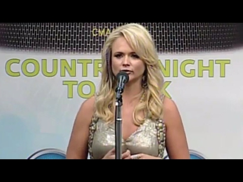 Miranda Lambert and the fans - CMA Music Festival TV Aug 14 on ABC!