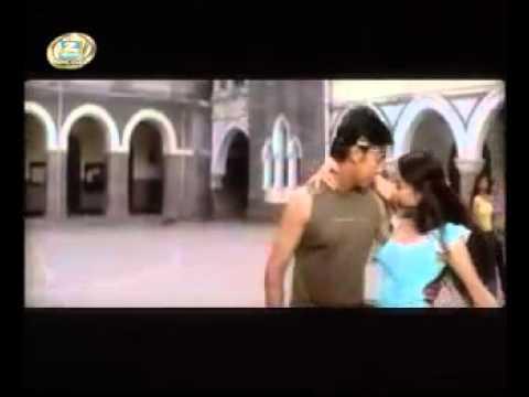Roz Roz Aankhon Tale Ek Hi Sapna Chale