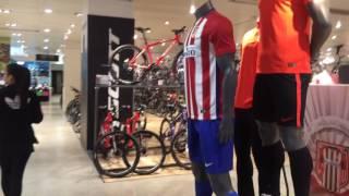 À procura de uma camisa de time brasileiro na Europa