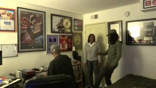 Watch Roberta Flack Feel Like Makin Love video