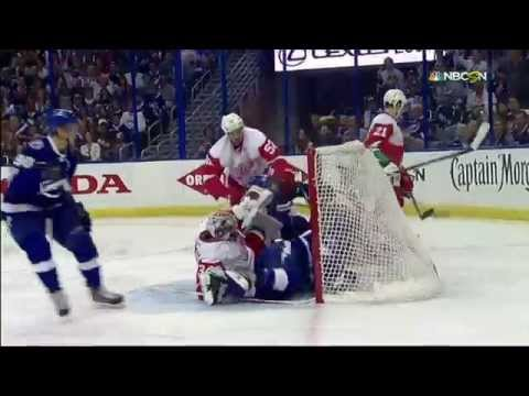 Gotta See It: Stamkos cross checked face first into cross bar