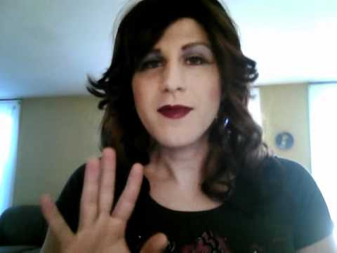 Crossdressing Tips For Beginners  2  Lipstick