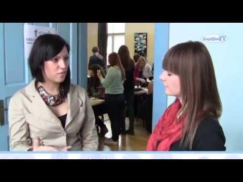 """KapljiceTV - Dan škole 2013.g. - Kreativna Radionica """"Izrada nakita s kršćanskom tematikom"""""""