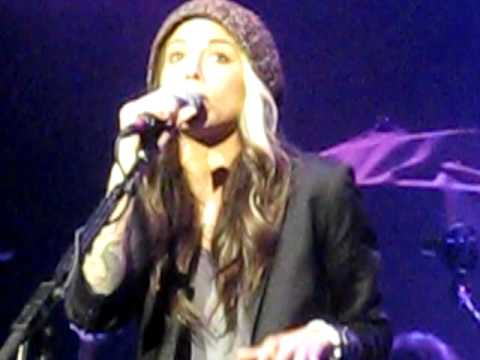 Christina Perri: The Lonely - LIVE in Chicago