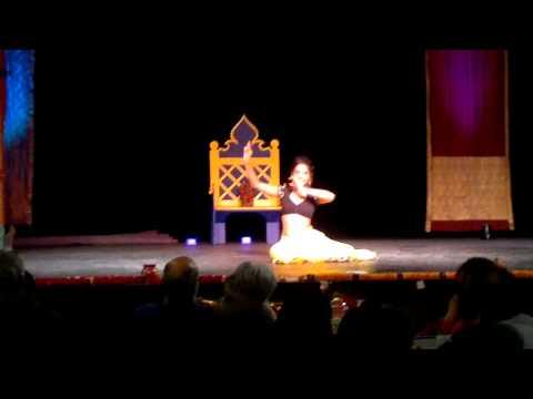Holi 2014 Radha on the dance floor Namak ishq & fevicol