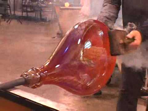 Glass Masters at Work: Lino Tagliapietra