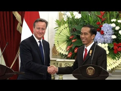 British PM visits Southeast Asia with trade, IS on agenda