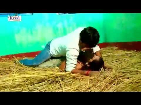 Bhojpuri Hot Song Lahnga Las Las video