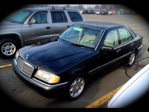 1994 Mercedes-Benz C220 W202 Start Up. Quick Tour. & Rev - 202K