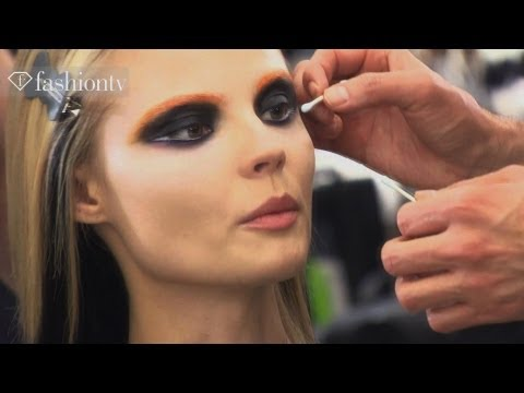 Magdalena Frackowiak - Model Highlights at Fashion Week Fall/Winter 2012-13 | FashionTV