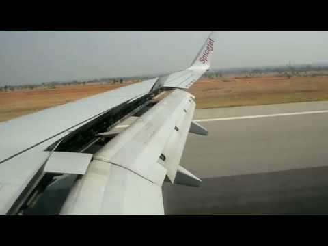 SpiceJet (Boeing 737) landing at Bangalore
