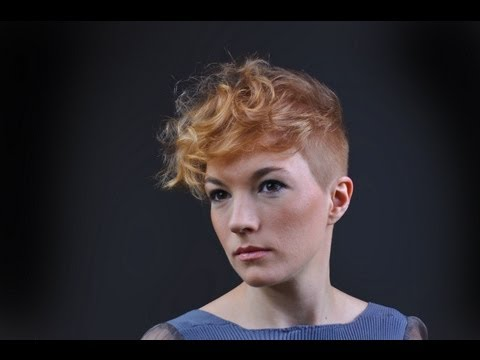 Fryzura krok po kroku :Strzyżenie damskie - włosy krótkie : step4hair.com