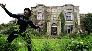 Exploring Haunted Abandoned Millionaire's Mansion (WARNING)