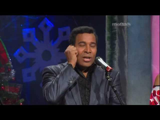 LaRisoTerapia con Comedienta Julio Sabala en Esta Noche Tu Night (12-15-11)