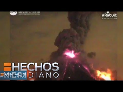 Video: Volcán de Colima registra espectacular explosión